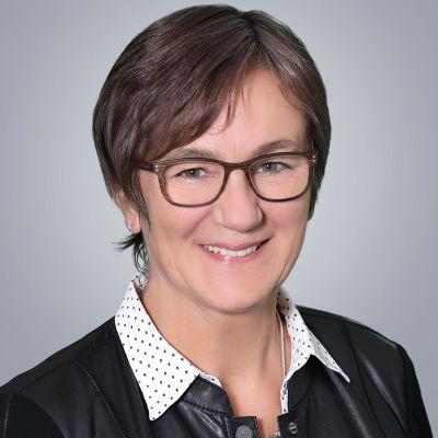 Monika Nebl, Rechtsanwaltsfachangestellte, Weilheim